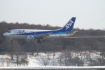 ATOMさんが、新千歳空港で撮影したANAウイングス 737-5Y0の航空フォト(飛行機 写真・画像)