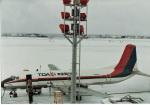 きゅーだすさんが、函館空港で撮影した東亜国内航空 YS-11-108の航空フォト(写真)