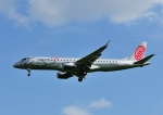 じーく。さんが、ハンブルク空港で撮影したニキ航空 ERJ-190-100 LR (ERJ-190LR)の航空フォト(飛行機 写真・画像)