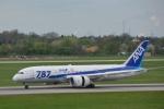 KIXベースのB747さんが、デュッセルドルフ国際空港で撮影した全日空 787-8 Dreamlinerの航空フォト(写真)