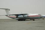 RUSSIANSKIさんが、シャルジャー国際空港で撮影したSarit Airlines Il-76TDの航空フォト(飛行機 写真・画像)