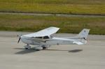 T.Sazenさんが、神戸空港で撮影した学校法人ヒラタ学園 航空事業本部 172S Skyhawk SPの航空フォト(写真)