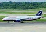 じーく。さんが、ハンブルク空港で撮影したハンブルク・エアウェイズ A320-214の航空フォト(飛行機 写真・画像)