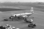 チャーリーマイクさんが、福岡空港で撮影した東亜国内航空 YS-11-109の航空フォト(写真)