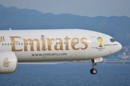 航空フォト:A6-ECF エミレーツ航空 777-300