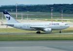 じーく。さんが、ハンブルク空港で撮影したイラン航空 A310-304の航空フォト(飛行機 写真・画像)