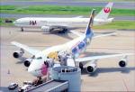 リョウさんが、羽田空港で撮影した日本航空 777-246の航空フォト(写真)