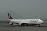 たのさんが、香港国際空港で撮影したルフトハンザドイツ航空 747-830の航空フォト(写真)