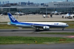 OKさんが、羽田空港で撮影した全日空 777-281/ERの航空フォト(写真)