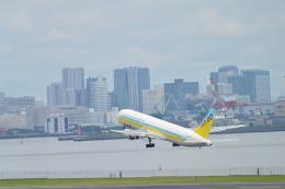 こずぃろうさんが、羽田空港で撮影したAIR DO 767-33A/ERの航空フォト(飛行機 写真・画像)