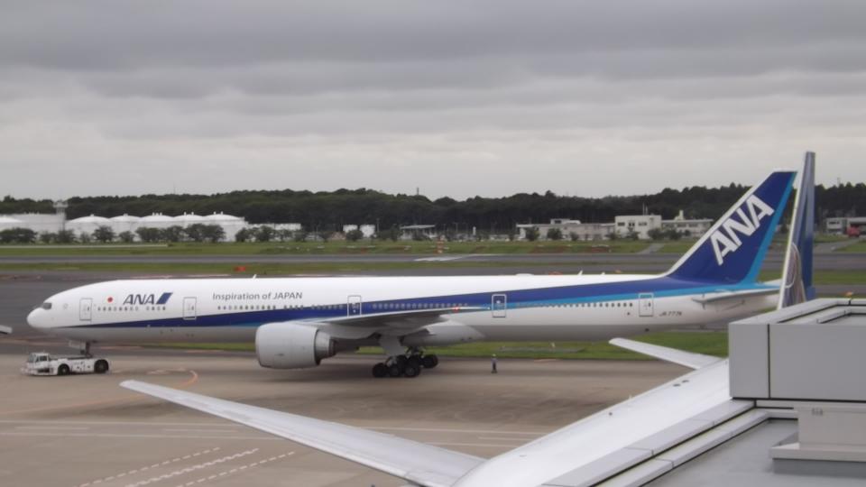 CHAN☆KIYOさんの全日空 Boeing 777-300 (JA777A) 航空フォト