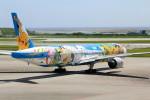 アイスコーヒーさんが、那覇空港で撮影した全日空 777-381の航空フォト(写真)
