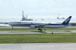 アイスコーヒーさんが、那覇空港で撮影した全日空 777-381の航空フォト(飛行機 写真・画像)