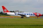 Tomo-Papaさんが、成田国際空港で撮影したエーデルワイス航空 A330-223の航空フォト(写真)