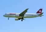 じーく。さんが、ハンブルク空港で撮影したスイスインターナショナルエアラインズ A320-214の航空フォト(飛行機 写真・画像)