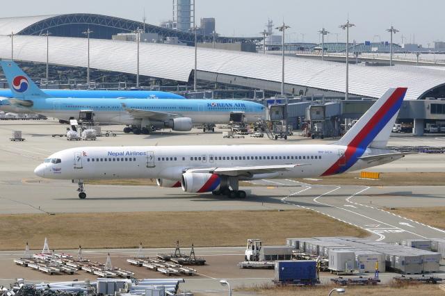 2007年03月21日に撮影されたロイヤル・ネパール航空の航空機写真