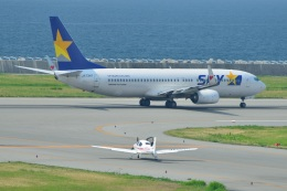 T.Sazenさんが、神戸空港で撮影した学校法人ヒラタ学園 航空事業本部 SR20 Sの航空フォト(写真)