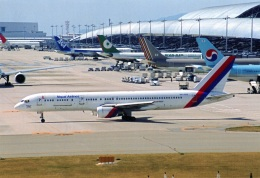 amagoさんが、関西国際空港で撮影したネパール航空 757-2F8Cの航空フォト(飛行機 写真・画像)