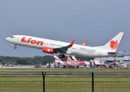 RA-86141さんが、スカルノハッタ国際空港で撮影したライオン・エア 737-9GP/ERの航空フォト(飛行機 写真・画像)