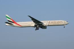 航空フォト:A6-ECH エミレーツ航空 777-300