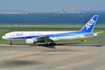 OKさんが、羽田空港で撮影した全日空 777-281の航空フォト(写真)