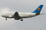 RUSSIANSKIさんが、スワンナプーム国際空港で撮影したターバーン航空 A310-304の航空フォト(飛行機 写真・画像)