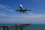 Bogeyさんが、下地島空港で撮影した全日空 767-381の航空フォト(写真)