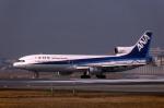 Gambardierさんが、伊丹空港で撮影した全日空 L-1011-385-1 TriStar 1の航空フォト(飛行機 写真・画像)