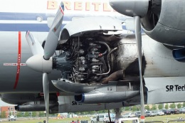TKOさんが、ファンボロー空港で撮影したブライトリング・ジェット・チーム C-121C Super Constellation (L-1049F)の航空フォト(飛行機 写真・画像)