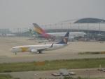 ハピネスさんが、関西国際空港で撮影したMIATモンゴル航空 737-8ASの航空フォト(飛行機 写真・画像)