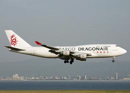 Bokuranさんが、関西国際空港で撮影した香港ドラゴン航空 747-412(BCF)の航空フォト(飛行機 写真・画像)
