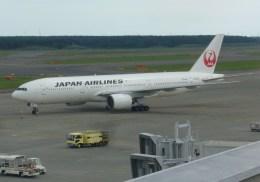 ふうちゃんさんが、新千歳空港で撮影した日本航空 777-246の航空フォト(飛行機 写真・画像)