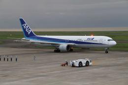 はるさんが、山口宇部空港で撮影した全日空 767-381/ERの航空フォト(飛行機 写真・画像)