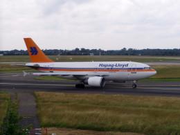 TRAVAIRさんが、デュッセルドルフ国際空港で撮影したハパック ロイド フルーク A310-204の航空フォト(飛行機 写真・画像)