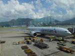 シフォンさんが、香港国際空港で撮影したアメリカン航空 777-323/ERの航空フォト(飛行機 写真・画像)