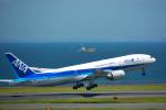 パンダさんが、羽田空港で撮影した全日空 777-281/ERの航空フォト(写真)
