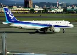 空の旅人さんが、名古屋飛行場で撮影した全日空 A320-211の航空フォト(飛行機 写真・画像)