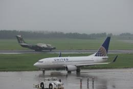 MIL26Tさんが、新潟空港で撮影したユナイテッド航空 737-724の航空フォト(飛行機 写真・画像)