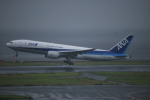 taku1222さんが、羽田空港で撮影した全日空 777-281/ERの航空フォト(写真)