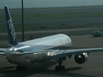 Super Dolphinさんが、羽田空港で撮影した全日空 777-381の航空フォト(飛行機 写真・画像)