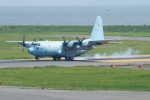 kij niigataさんが、新潟空港で撮影した航空自衛隊 C-130H Herculesの航空フォト(写真)
