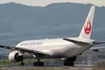 アイスコーヒーさんが、伊丹空港で撮影した日本航空 777-289の航空フォト(写真)