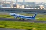 kuxiuxingさんが、羽田空港で撮影した全日空 777-281/ERの航空フォト(写真)