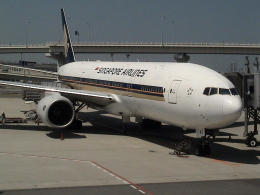 kenmariさんが、関西国際空港で撮影したシンガポール航空 777-212/ERの航空フォト(写真)
