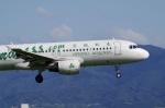 yuu747さんが、関西国際空港で撮影した春秋航空 A320-214の航空フォト(写真)