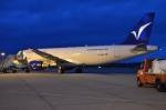 IL-18さんが、フリードリヒスハーフェン空港で撮影したハンブルク・エアウェイズ A320-214の航空フォト(飛行機 写真・画像)