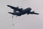 rjnsphotoclub-No.07さんが、横田基地で撮影したアメリカ空軍 C-130H Herculesの航空フォト(写真)