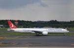 T.Sazenさんが、成田国際空港で撮影したターキッシュ・エアラインズ 777-3F2/ERの航空フォト(飛行機 写真・画像)