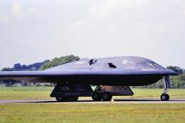 santaさんが、フェアフォード空軍基地で撮影したアメリカ空軍 B-2A-30 Spiritの航空フォト(飛行機 写真・画像)