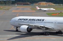 空が大好き!さんが、新千歳空港で撮影した日本航空 777-246の航空フォト(飛行機 写真・画像)